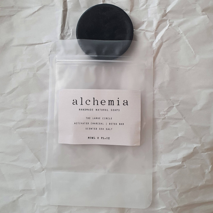 THE LARGE CIRCLE | ACTIVATED CHARCOAL, DETOX BAR - SCENTED SEA SALT